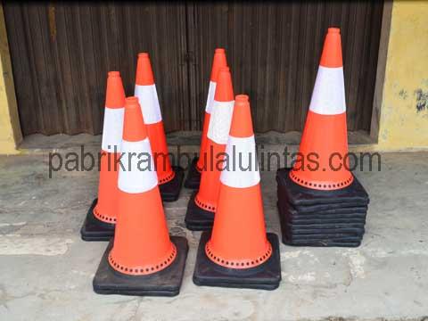 Kerucut Jalan | Traffic Cone