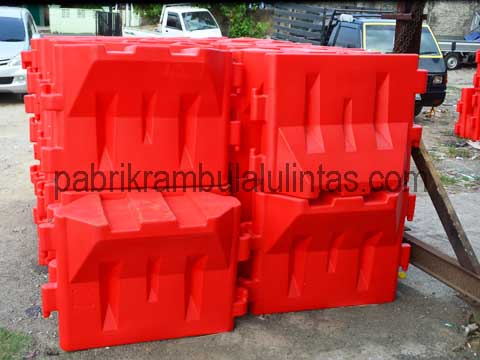 Movable Barrier Plastik