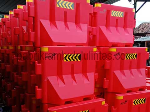 Produsen Water Barrier Plastik
